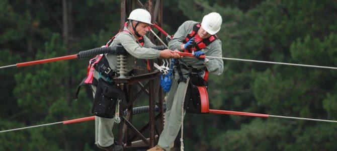 Опасните електропроводи в района на Котленска планина бяха обезопасени